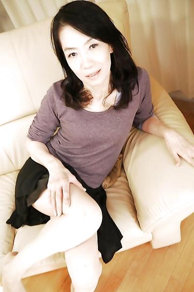 Asian mom Yukiko Asaba..