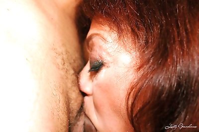 Lusty granny gets her hairy..