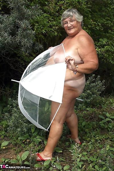 Obese oma Grandma Libby..