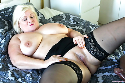 Horny nan Lacey Starr sucks..