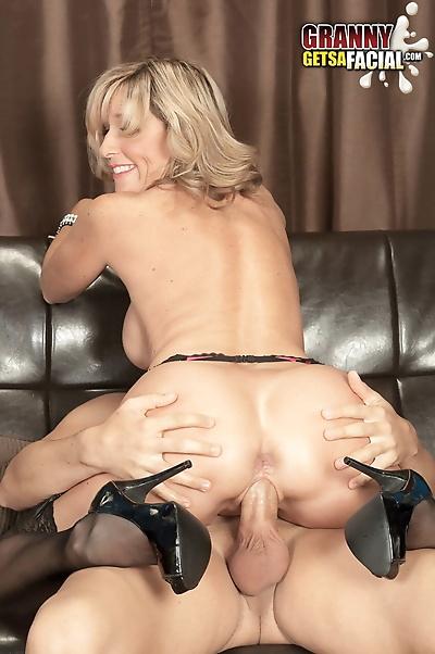 Sex-addicted blonde MILF..
