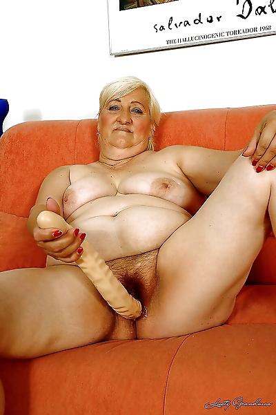Fatty granny masturbating..