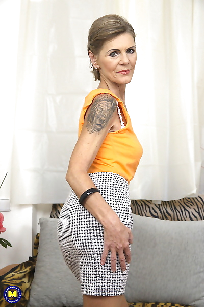 Tattooed older granny gets..