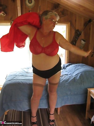 Short haired granny Girdle..