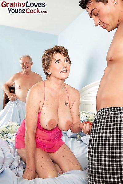 Busty granny Bea Cummins..