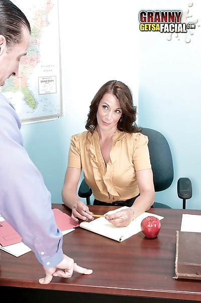 Teacher Mimi Moore gets her..