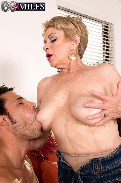 Horny grandma Lin Boyde..