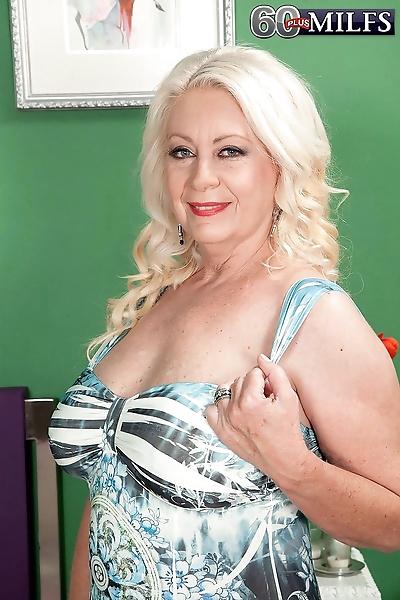 Califoinian granny angelique..