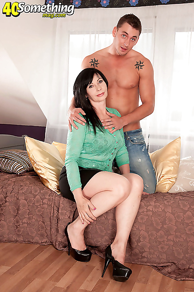 Brunette cougar lilly and..