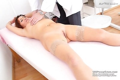 Redhead wife puss doctor..