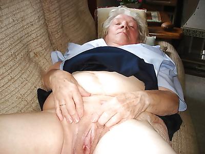 Amateur grannies - part 3552