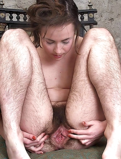 Hairy pussy girls gets dirty..