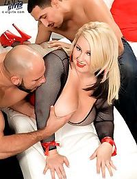 Chubby blonde molly howard takes two cocks in threesome - part 3848