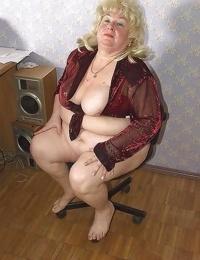 Old grannies - part 2122